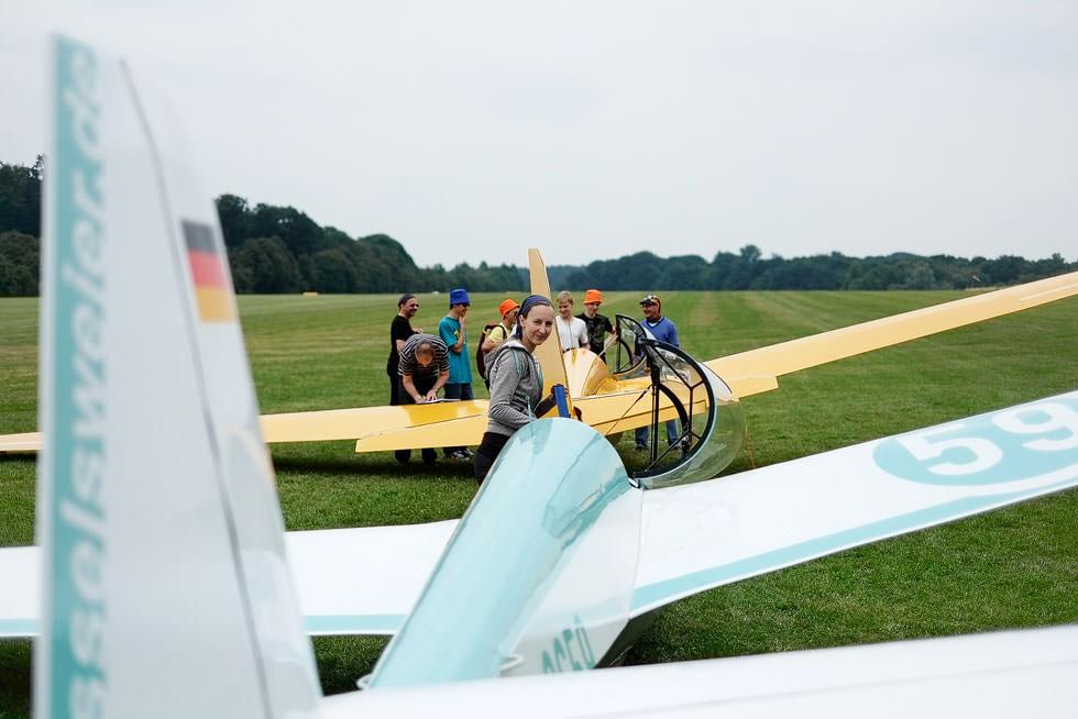 Gemeinsamen Flugbetrieb in Langenfeld kennen wir schon länger: Im Vordergrund die ASK13 der Kesselsweier Segelflieger, dahinter die ASK13 aus Langenfeld.